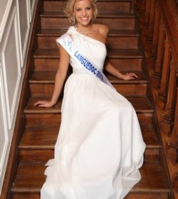 Marie Fabre (Miss Languedoc 2014)